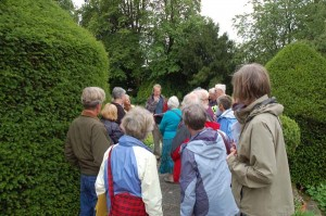 John Mackinlay introducing the walk