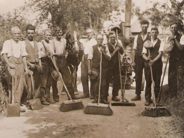 Leydene gardeners